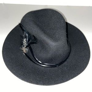 Wool beautiful black fedora with subtle feathers